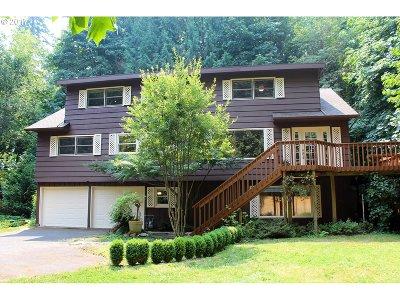 West Linn Single Family Home For Sale: 1919 Shadow Wood Dr