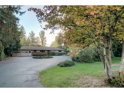 Milwaukie Single Family Home For Sale: 12909 SE Kuehn Rd