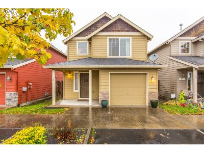 Newberg, Dundee Condo/Townhouse For Sale: 925 S River St #10