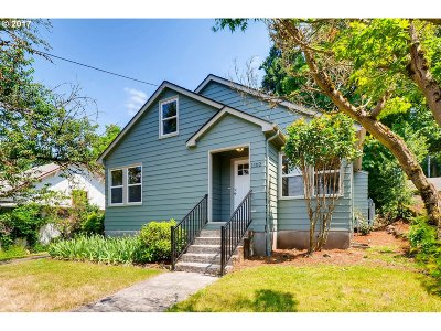 Single Family Home Sold: 1102 Center St