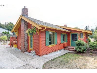 Single Family Home For Sale: 3114 SW Nebraska St
