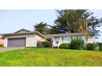 Bandon Single Family Home For Sale: 495 Elmira Ave