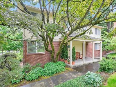 Lake Oswego Condo/Townhouse For Sale: 482 S State St #3B