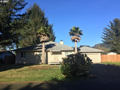 Brookings Single Family Home For Sale: 97935 Holly Ln