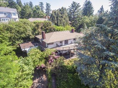 Single Family Home For Sale: 2849 SW Hillsboro St