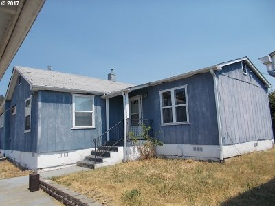 Roseburg Single Family Home For Sale: 2116 NE Commercial Ave