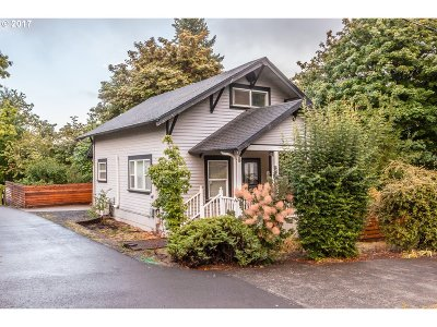 West Linn Single Family Home For Sale: 6495 Lowry Dr