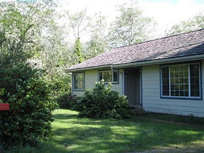 Port Orford Single Family Home For Sale: 92738 Knapp Rd