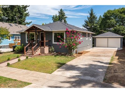 Portland Single Family Home For Sale: 4430 NE 36th Ave