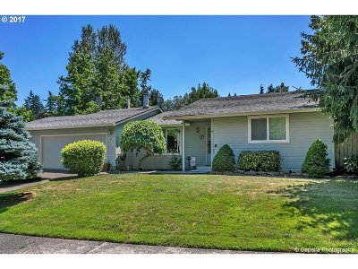 Tualatin Single Family Home For Sale: 8408 SW Tygh Loop