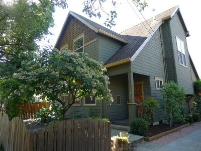 Portland Single Family Home For Sale: 4128 SE Crystal Springs Blvd