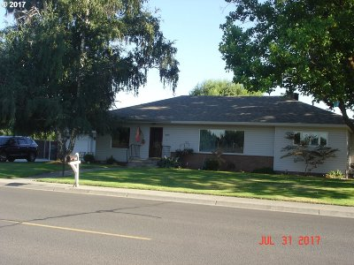 Hermiston Single Family Home For Sale: 896 E Highland Ave