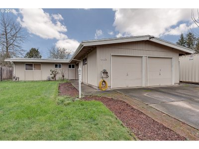 Aloha Single Family Home For Sale: 4405 SW 194th Ct