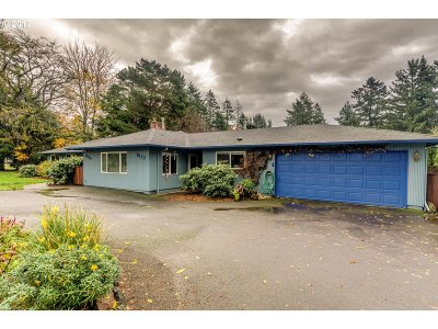 Portland Single Family Home For Sale: 8120 SW Oleson Rd