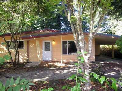 Mapleton OR Single Family Home For Sale: $99,900