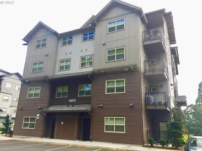 Beaverton Condo/Townhouse For Sale: 13875 SW Meridian St #145