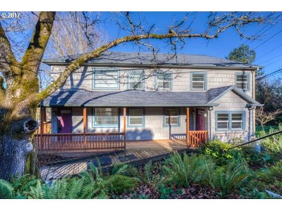 Single Family Home For Sale: 247 SE 4th St