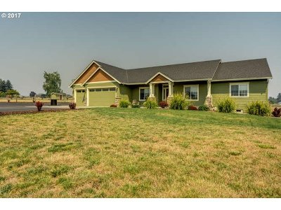 McMinnville Single Family Home For Sale: 5790 SE Parma Dr