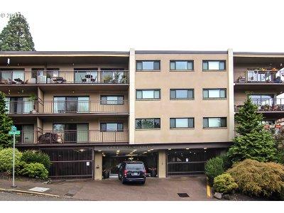Portland Condo/Townhouse For Sale: 2393 SW Park Pl #309