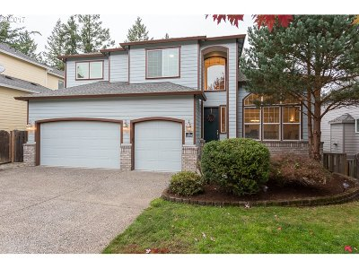 Beaverton Single Family Home For Sale: 15909 SW Snowy Owl Ln