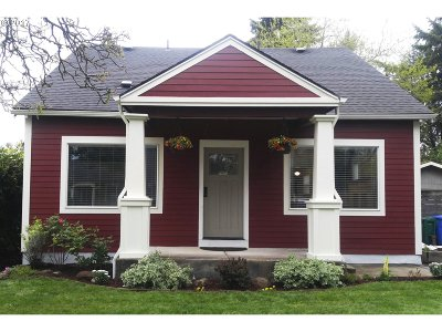 Portland Single Family Home For Sale: 3612 NE 66th Ave