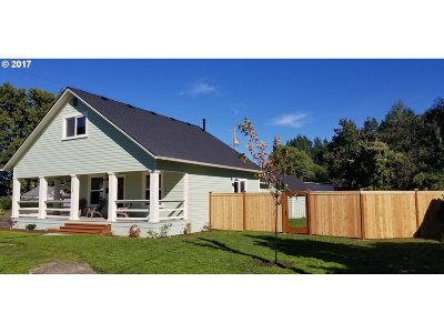 Cottage Grove, Creswell Single Family Home For Sale: 1304 S 6th St