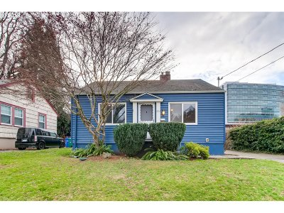 Single Family Home Sold: 4914 NE Pacific St