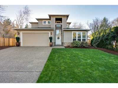 Lake Oswego Single Family Home For Sale: 4729 Lakeview Blvd