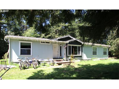 Bandon Single Family Home For Sale: 59286 Seven Devils Rd