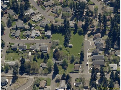 Milwaukie Residential Lots & Land For Sale: SE Hill Rd