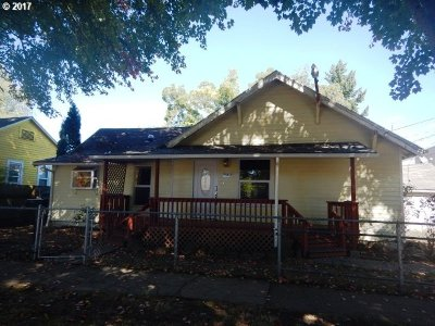 Clackamas County, Columbia County, Jefferson County, Linn County, Marion County, Multnomah County, Polk County, Washington County, Yamhill County Single Family Home For Sale: 845 Gaines St NE
