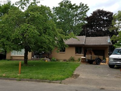 Single Family Home For Sale: 227 SE 129th Ave