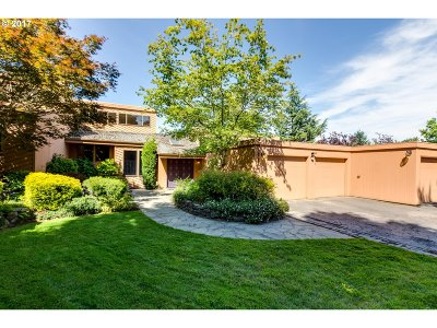 Tigard Single Family Home For Sale: 13285 SW Bull Mountain Rd