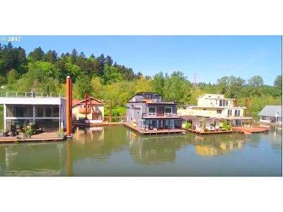 Portland Single Family Home For Sale: 7720 SW Macadam Ave #1