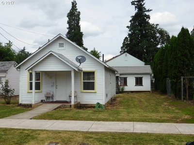 Cottage Grove, Creswell Multi Family Home For Sale: 330 332 E Madison Ave