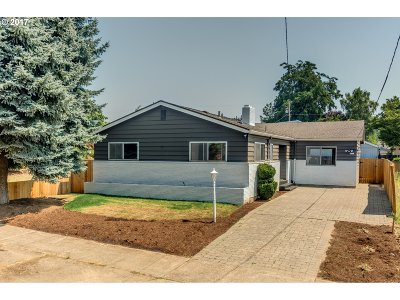 Single Family Home For Sale: 2712 SE 73rd Ave