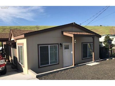Pendleton Single Family Home For Sale: 1040 Tutuilla Rd