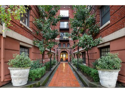 Portland Condo/Townhouse For Sale: 1829 NW Lovejoy St #508
