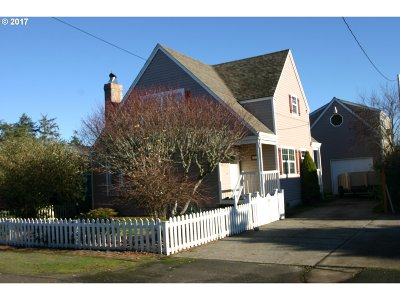 Single Family Home Sold: 2525 Neawanna St