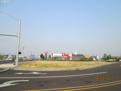 Woodburn Residential Lots & Land For Sale: 2515 Newberg Hwy