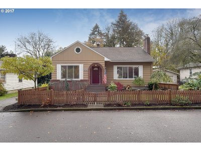 West Linn Single Family Home For Sale: 1524 Holly St