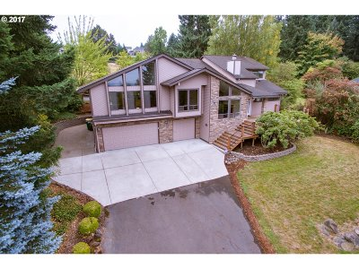 Beaverton Single Family Home For Sale: 7695 SW Miller Hill Rd