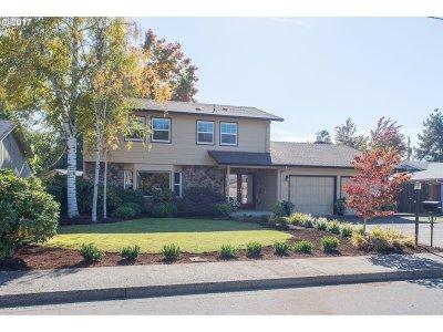 Eugene Single Family Home For Sale: 2134 Rocky Ln