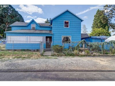 Oregon City Single Family Home For Sale: 1220 10th St