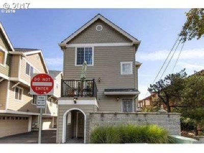 Beaverton Single Family Home For Sale: 4742 SW Tucker Ave
