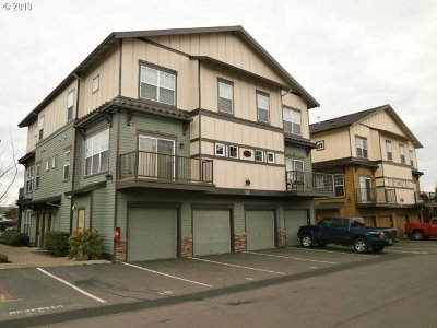 Happy Valley, Clackamas Condo/Townhouse For Sale: 11263 SE Causey Cir