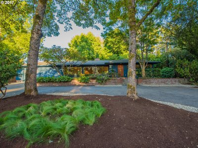 Milwaukie OR Single Family Home For Sale: $999,900