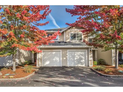 Beaverton Condo/Townhouse For Sale: 14235 SW Barrows Rd