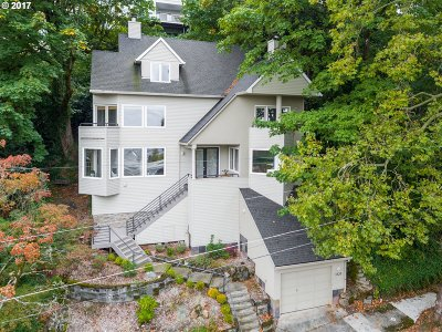Portland Single Family Home For Sale: 1828 SW Elizabeth St