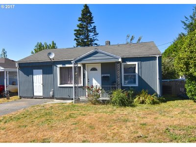 Coquille OR Single Family Home For Sale: $110,000